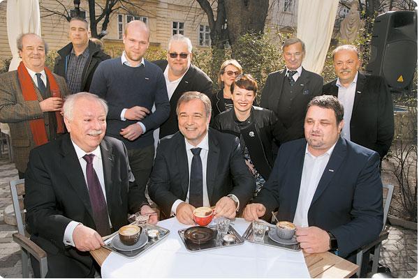 Cafe Diglas Schanigarten