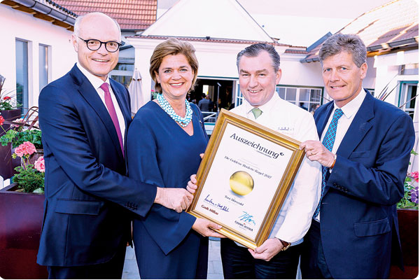 Goldene Roulette Kugel gratulieren Toni Mörwald