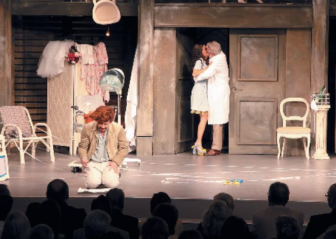 """Szene aus """"Figaro oder ein toller Schnitt"""""""