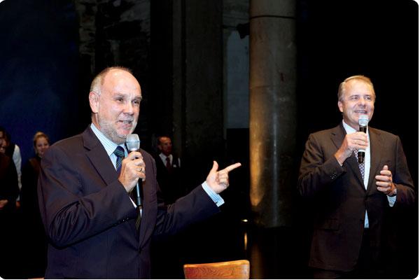 """Dr.Martin Schick!"""" Der erfolgreiche Direktor der Schick Hotels, Peter Buocz (li) übergibt das Wort an den Eigentümer der charmanten Privathotels."""