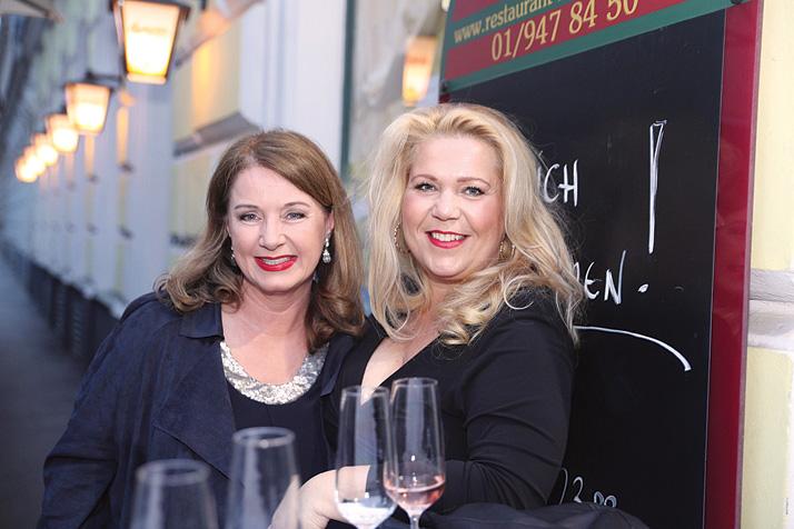 Jeannine Schiller Charity Cocktail, SUSANNA HIRSCHLER, GABRIELA BENESCH