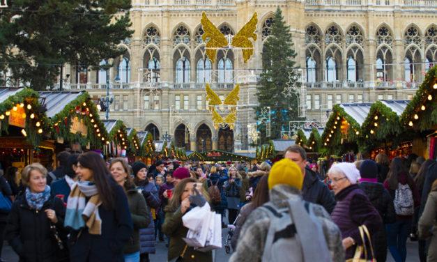 Wiener Weihnachstraum & Christkindlmarkt am Rathausplatz