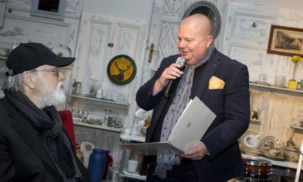 Elvis – Schlagzeuger Ronnie Tutt in Wien vergoldet