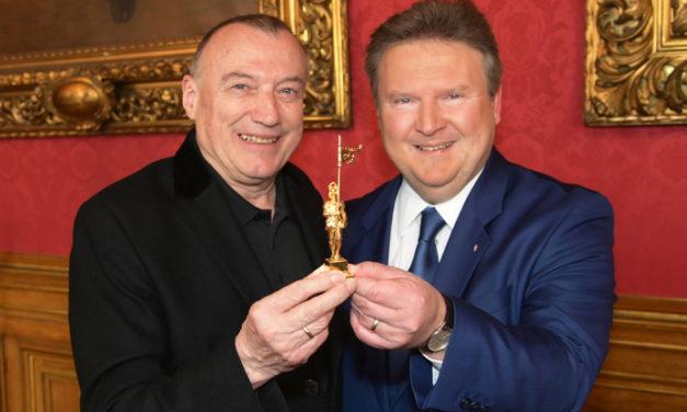 Goldener Rathausmann für Romy – Erfinder Rudolf John