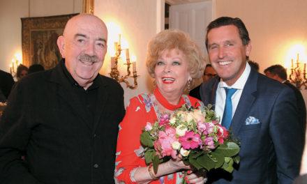 Grandiose Soirée bei Konsulin Prof. Birgit Sarata