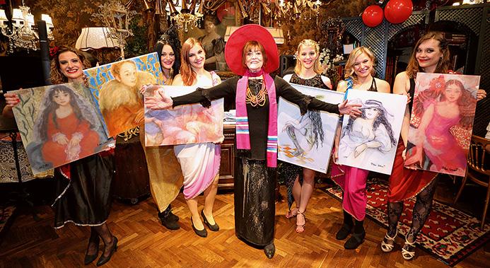 Malerikone DINA LAROT feiert ihren 70+. Geburtstag im Marchfelderhof
