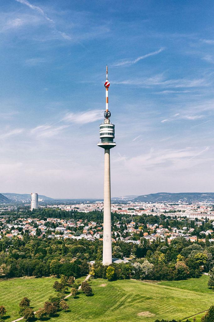 Donauturm_5_Aussicht_hoch_Park_Presse