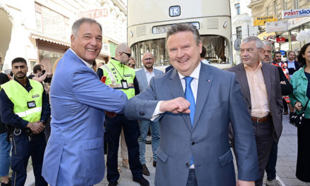 Schlussteinlegung und Eröffnung der Begegnungszone Neubaugasse