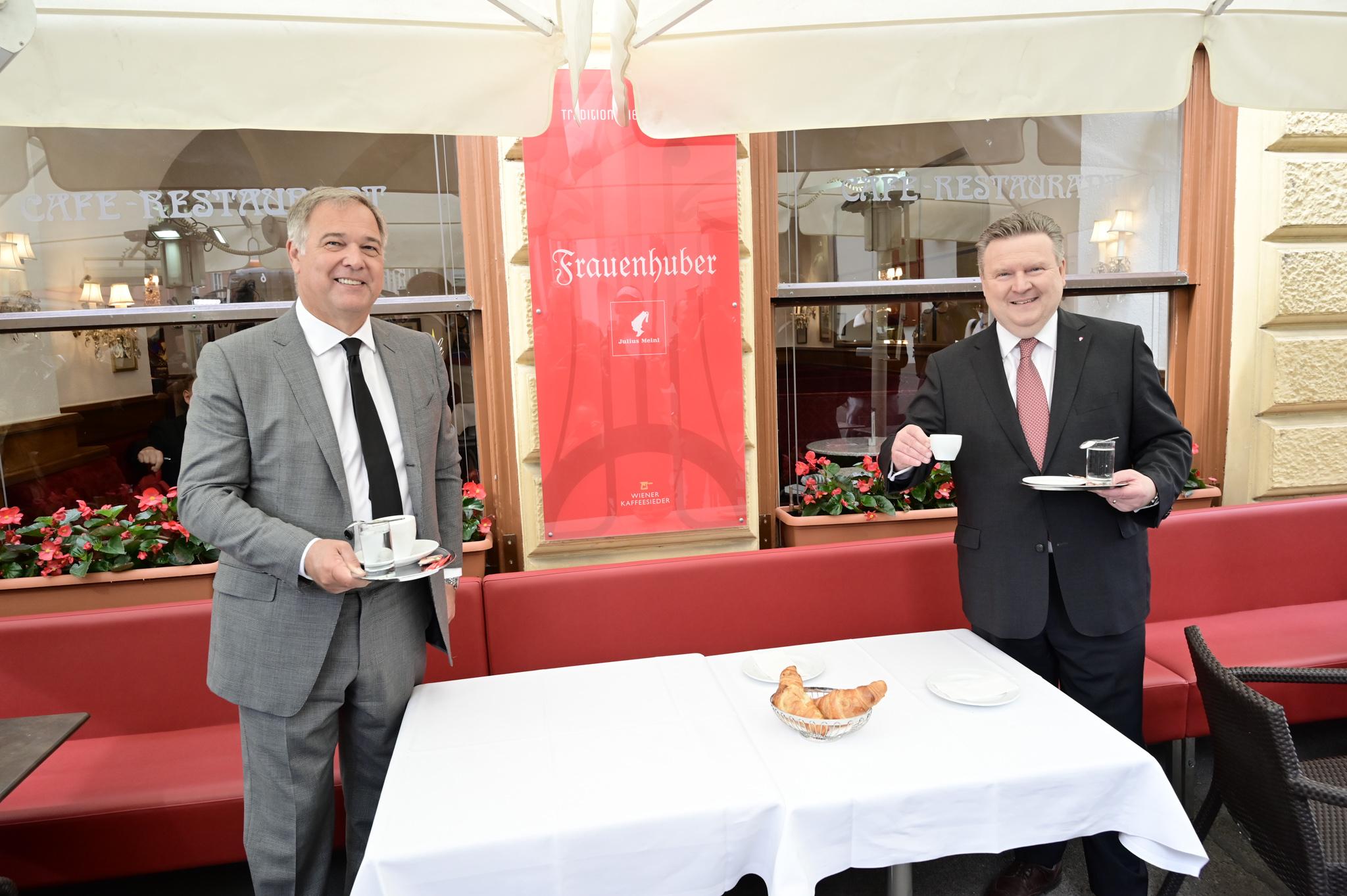 Kaffehaus Wiedereröffnung